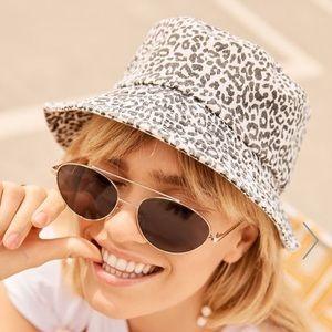 New Rubi Bella Bucket Hat leopard print